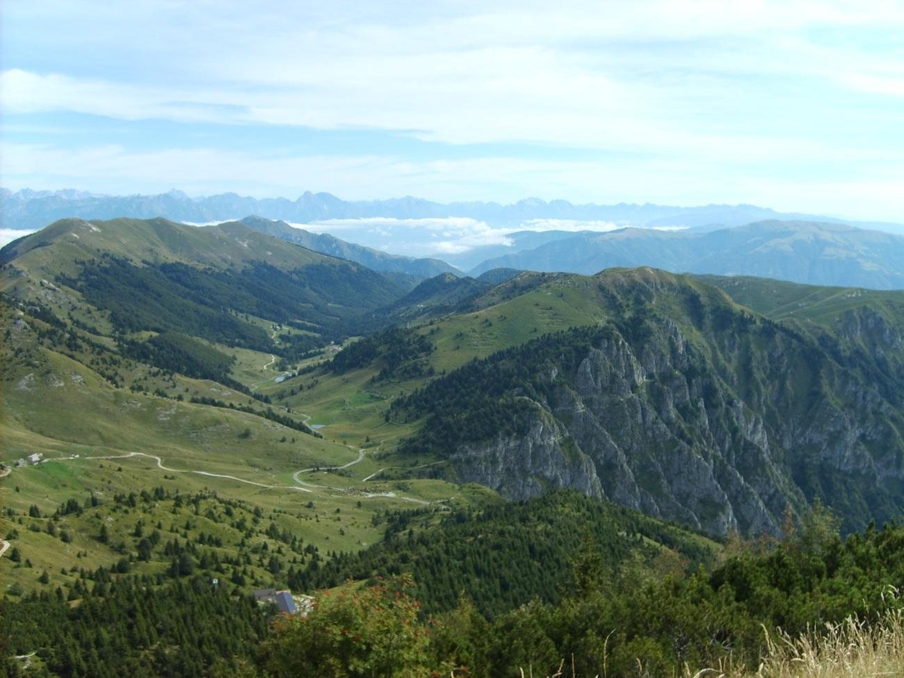 Vista_dal_monte_grappa.JPG